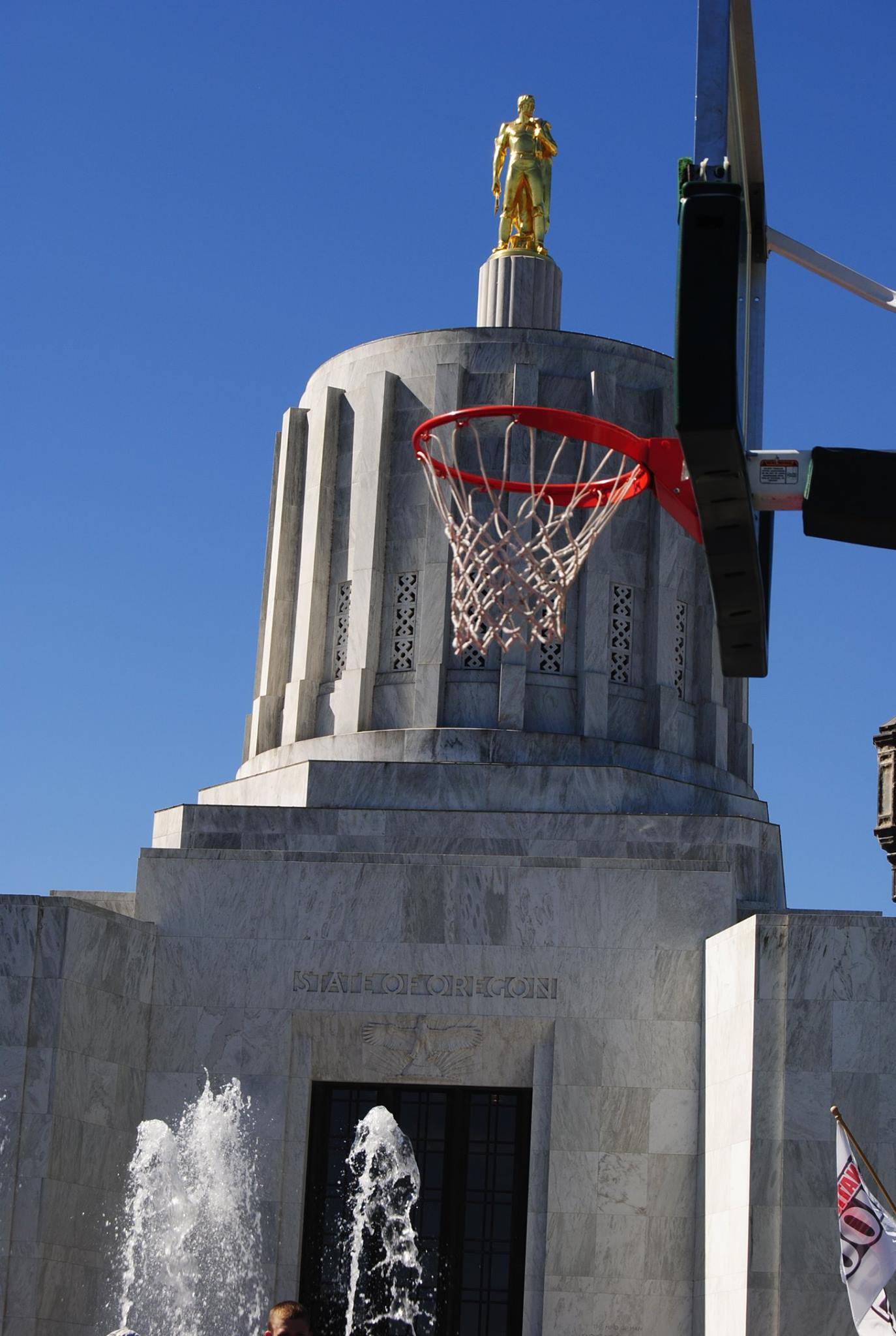 Hoop in front of Capitol